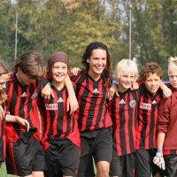 ICEP WORLD Dil Okulları |AC Milan Junior Futbol Okulu - Yaz Kampı